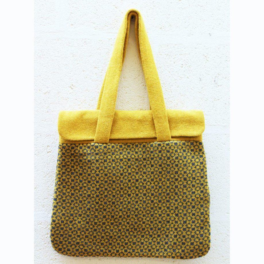 Gold geometric flap