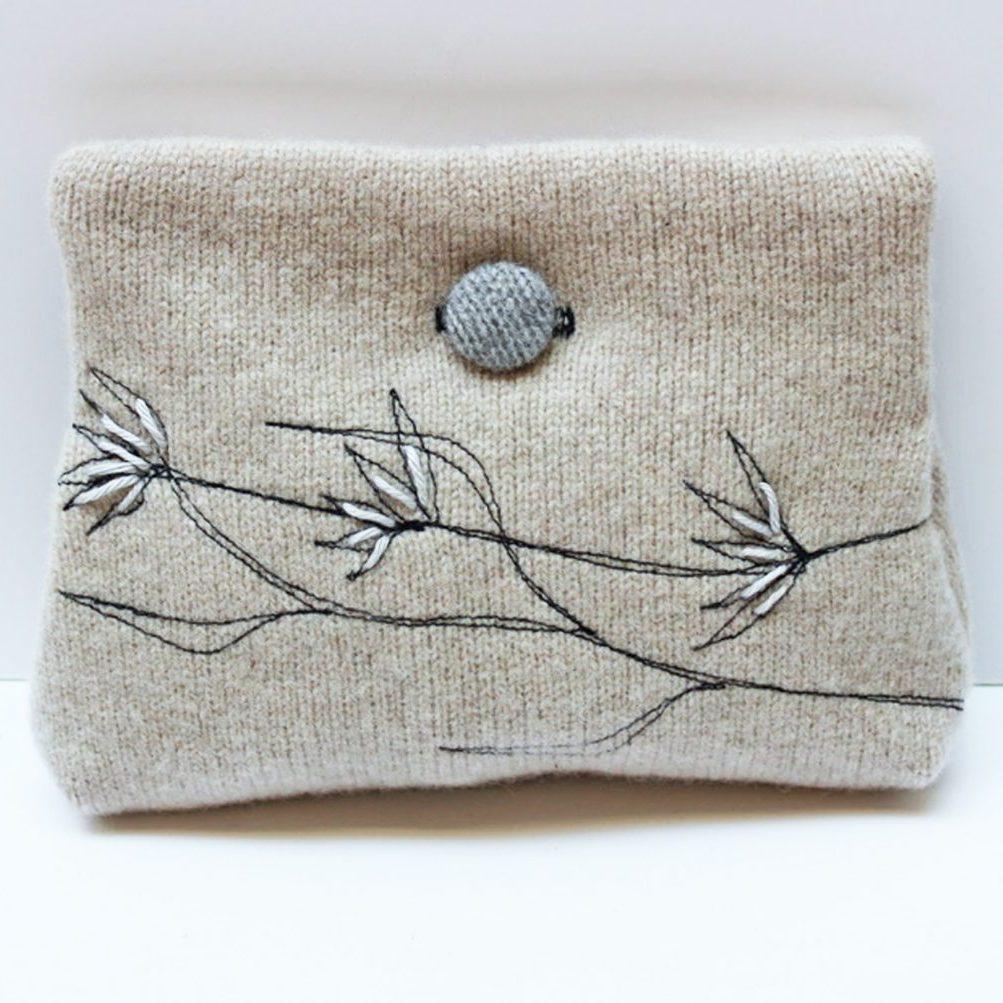 Pebble purse