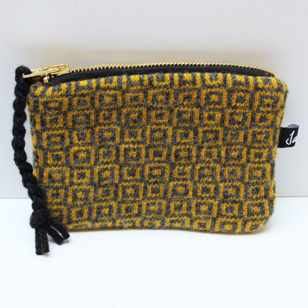 gold coin purse